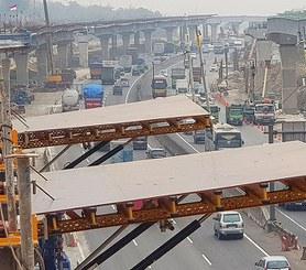 Yakarta-Cikampek II ordainpeko autobidea, Karawang, Indonesia