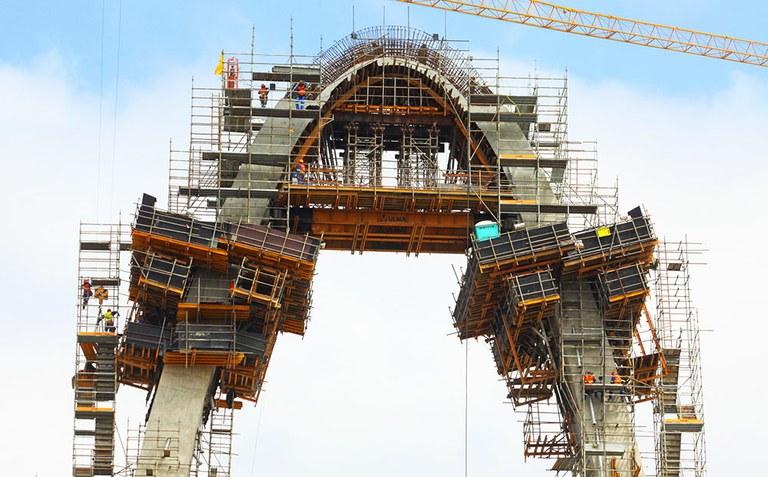 ULMA ingeniaritza Brasilgo 'Arco da Inovação' zubi enblematikoan