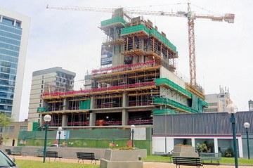 ULMAk Peruko Ichma Dorrearen eraikuntzan parte hartu du, eraikina modernoago, efizienteago eta iraunkorrago egiten duten soluzioekin
